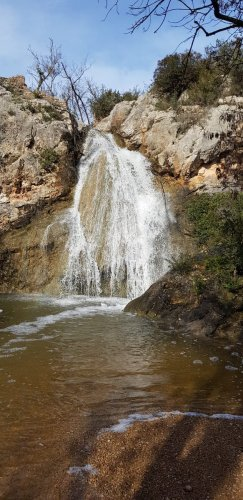 La cascade à Durban-Corbières, en période de crue